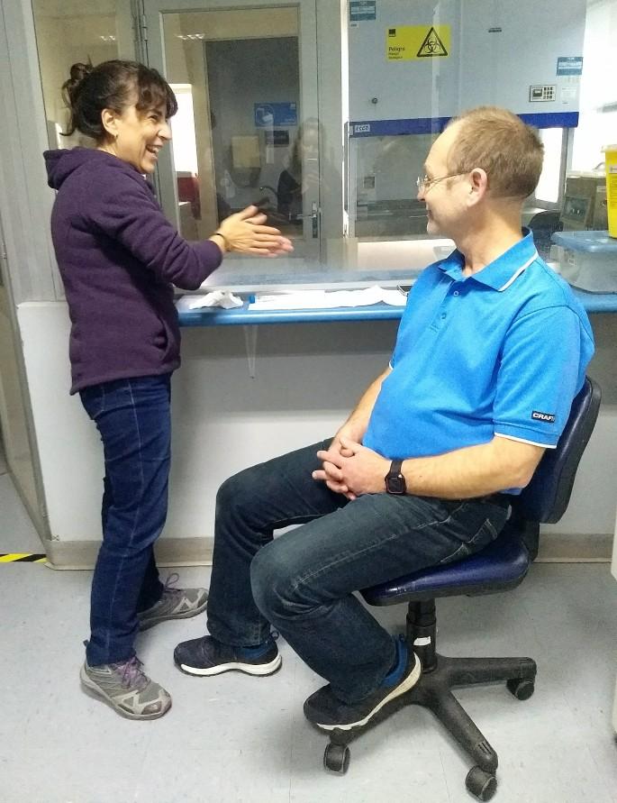 Mercedes og Tore første vaksine